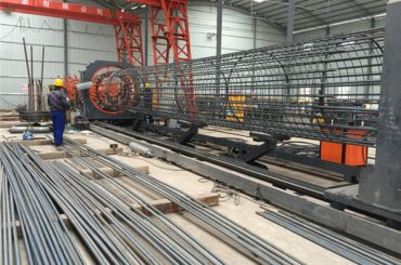 ราคาดีที่สุด welded ลวดตาข่ายม้วนจักร Reinforcing กรงตะเข็บเชื่อมขนาด 500-2000mm