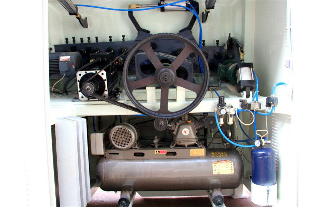 เครื่องดัดลวด CNC 4